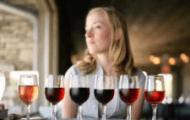 9 tác dụng tốt của rượu vang với sức khỏe phụ nữ