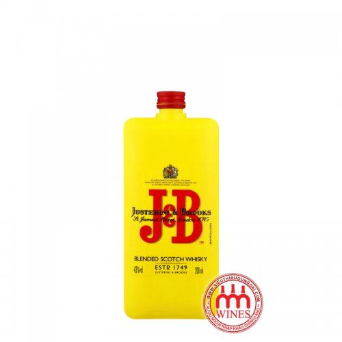 J & B Pocket Scotch Whisky 200ml